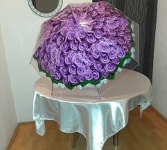 Kišobran sa ružama