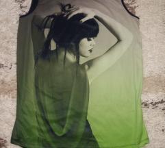 NOVO elegantna top majica , bluza sa printom