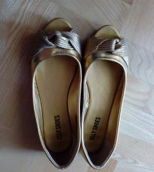 Zlatne sandale 40 otvoreni prsti