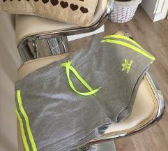 Adidas frorescentni