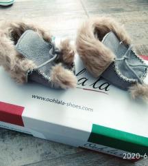 Nove, krznene cipelice