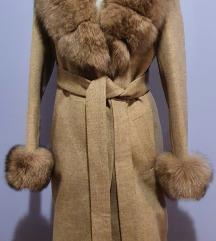 *Vrhunski kaput od kasmira sa nercom& rakunom*