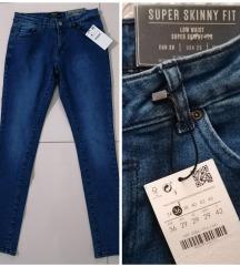 Bershka farmerke super skinny fit 36/38