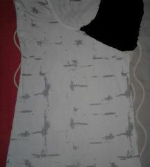 Majica sa crnim sljokicama divna! SNIZENO!