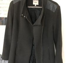Ženski tamnosivi kaput