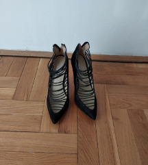 Snizene! Cipele na stiklu