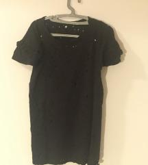crna rupicasta majica sa karnerima