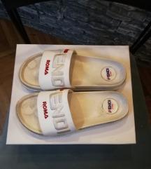 Fendi papuce SNIZENE