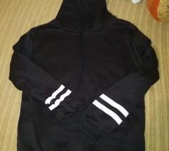 Crni duks sa kapuljacom L i XL