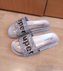 Nove srebrne papuce 39/40