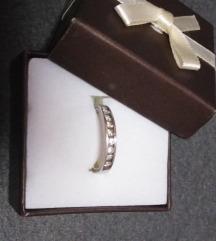 Prsten srebro sa cirkonima