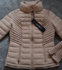 Guess jakna, nova, samo prodaja S/