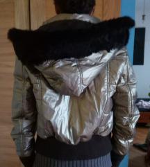 Mona jakna fantasticna sa prirodnim krznom xs s