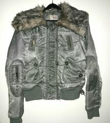 <3 atraktivna jaknica_ krznena kragna_♡
