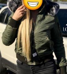 Zimska jakna SNIŽENA