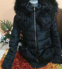 Crna jakna AKCIJA 3000