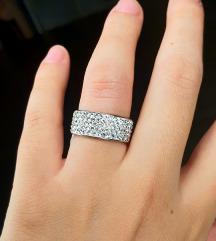 Prsten od hirurškog čelika