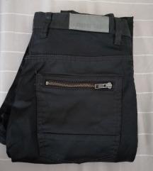 Hm nove pantalone
