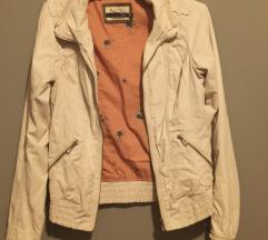 Prolećna jaknica Bershka S