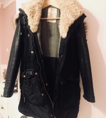 Zara gumirana postavljena jakna