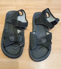 Sandale 10