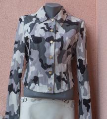 Savršena jakna NOVA Patrizia Pepe dizajnerska