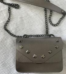 Mona sivo srebrna torba POSLEDNJA CENA