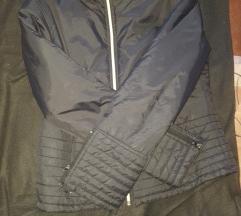 Sportska jakna!