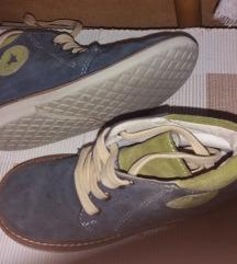 OBUCA PAVLE kozne anatomske cipele -odlicne