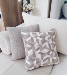 Šareni handmade jastuk