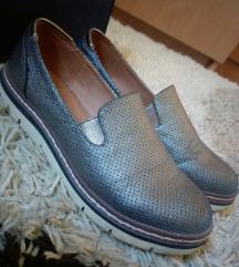 Cipele metalik sive