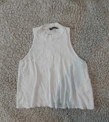 Bela majica sa rolkom