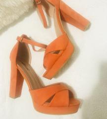Narandzaste sandale