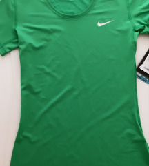 Nike majica  NOVO