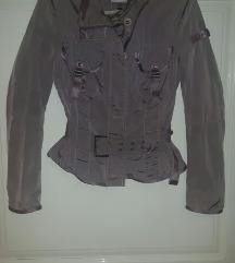 Atraktivna PEUTEREY jaknica
