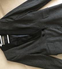 Nov Zara tamnosivi sako L