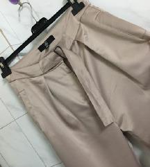 Prelepe pantalone vel. S