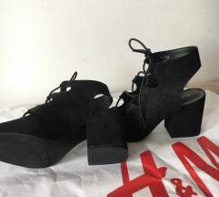 H&M nove sandale na pertlanje 38