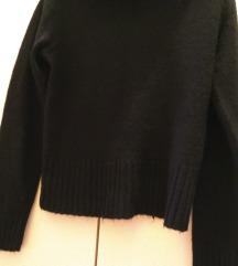 Džemper rolka/ SNIŽENO na 500 din