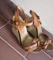 Sandale sa punom petom 37
