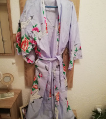 Kimono bade mantil