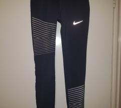 Nike helanke