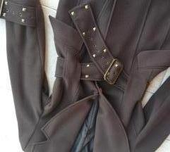 AKCIJA! Kvalitetan atraktivan kaput sa nitnama