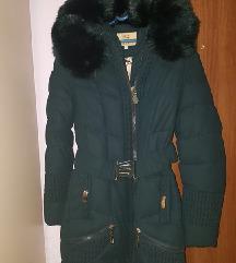 Nova duga jakna sa prelepim krznom
