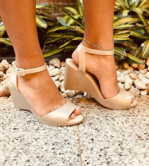Nove Melissa sandale