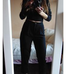 H&M crne pantalone XS / S