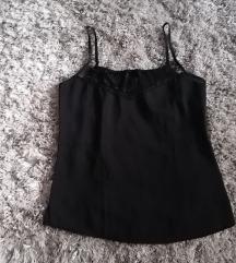 Crna svilenkasta majica