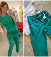 Nove sa etiketom,zelene pantalone
