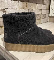 4US cizme