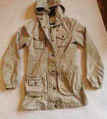 Prolećna duža jakna